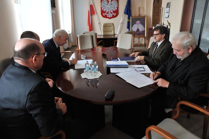 spotkanie w biurze Rektora