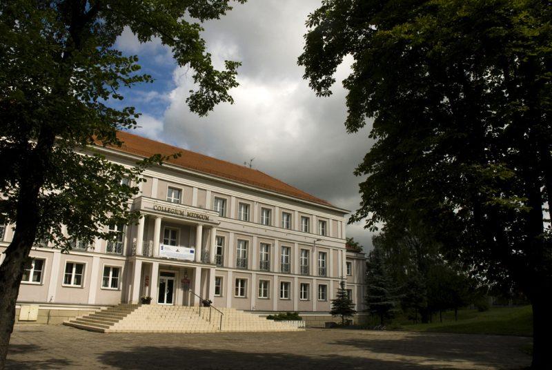 budynek uczelni przy Kaszubskiej
